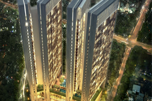 Dolphin Plaza exhibitors on the first  green buildings in Vietnam